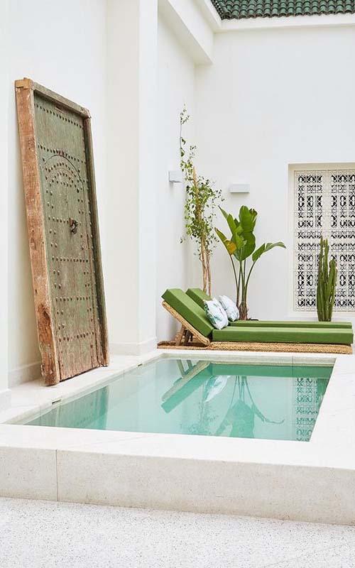 piscina pequeña patio marroquí